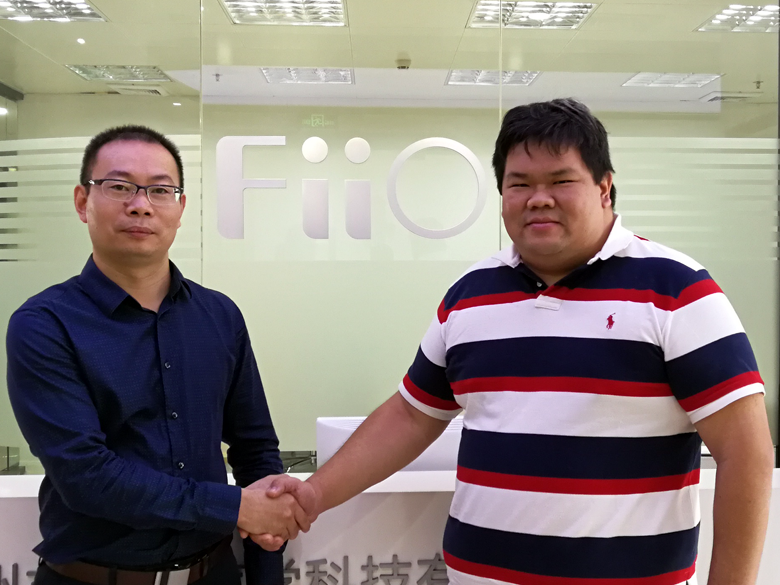 Joint Photo with Mr Kean Zhang of FiiO during the Exclusive Interview with Kean Zhang of FiiO