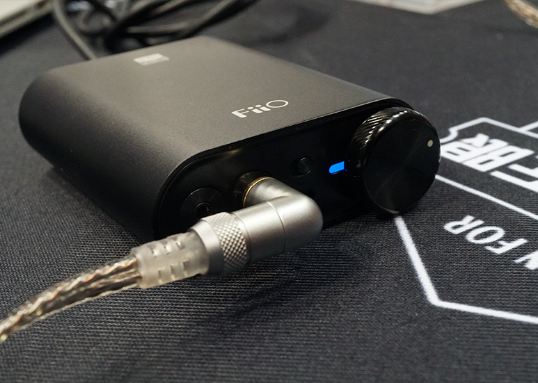 FiiO E30 USB DAC Headphone Amplifier