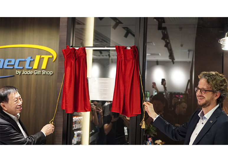 Sennheiser Experience Centre in Singapore jointly opened by Daniel Sennheiser, CEO of Sennheiser Electronic GmbH & Co. KG and Chong Nan Sin, Founder of Connect IT by Jade Gift Shop